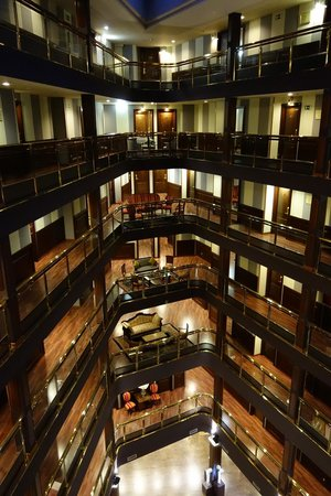 Hotel Plaza Andorra: Hall