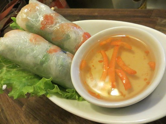 Phood : Spring roll still in plastic film wrapping