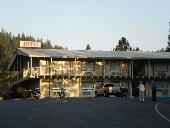 Konkolville Motel: North end of Motel