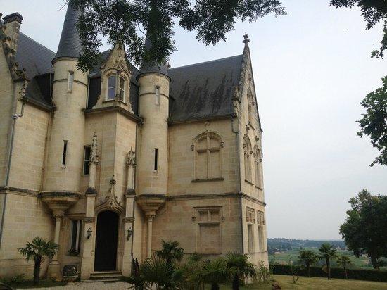 Bordeaux Chateau B&B: chateau