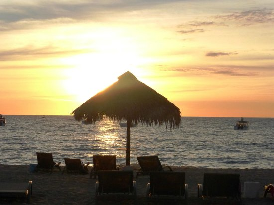 Andilana Beach Resort : Tramonto in spiaggia
