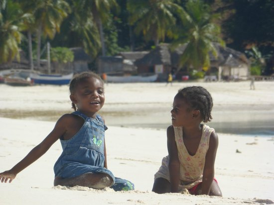 Andilana Beach Resort : bambini malgasci