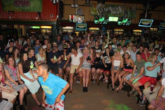 Newquay's Biggest Bar Tour Foto