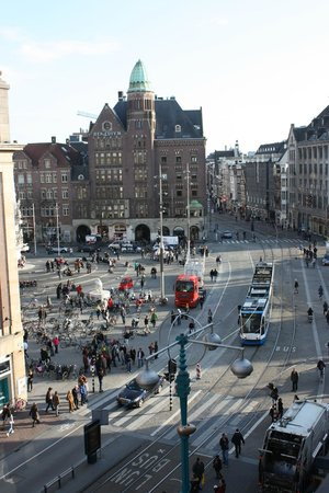 Hotel Amsterdam - De Roode Leeuw : View from room toward Dam Square