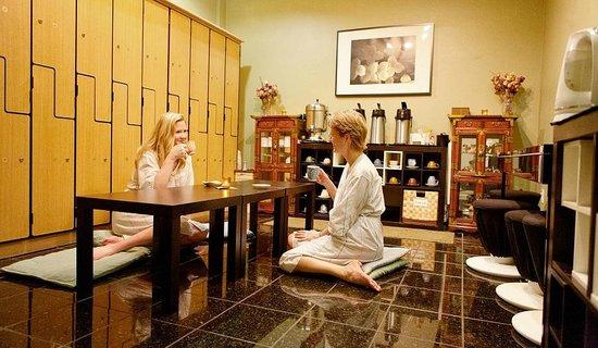 Olympus Spa: Tea room