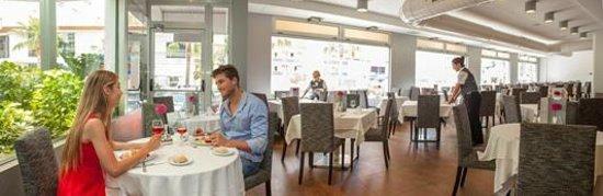 Hotel RH Royal: Restaurante