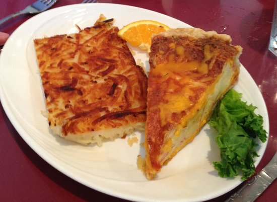 Cookie Jar Restaurant: Quiche and hash town
