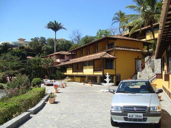 Colonna Galapagos Garden: Pousada vista da entrada