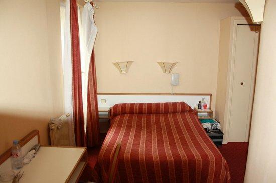 Hotel Little : Hotelkamer (bedroom)