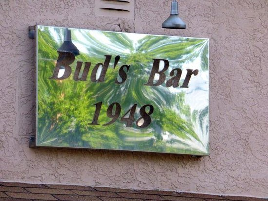 Bud's Cafe & Bar: Been there a LONG time