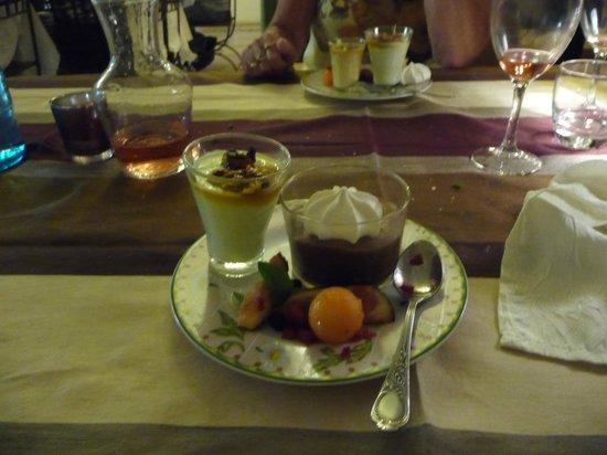 Logis Auberge Du Chateau: choix de desserts