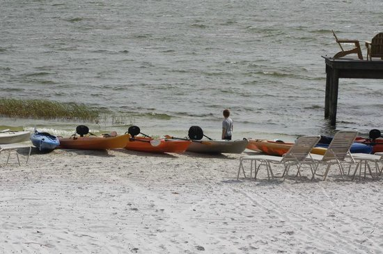Sleep Inn & Suites Ocala - Belleview: Come and kayak on Lake Weir, a short drive from our hotel.