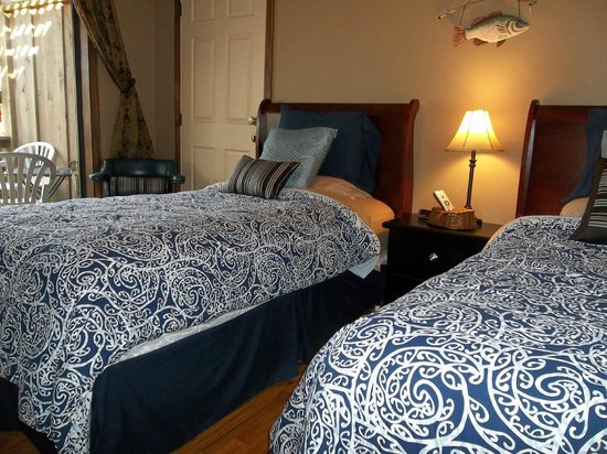 PJ's Bed and Breakfast Lodge: Room 6