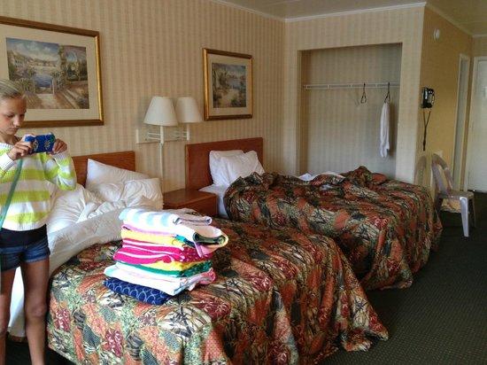 The Beachmark Motel: Sleeping area