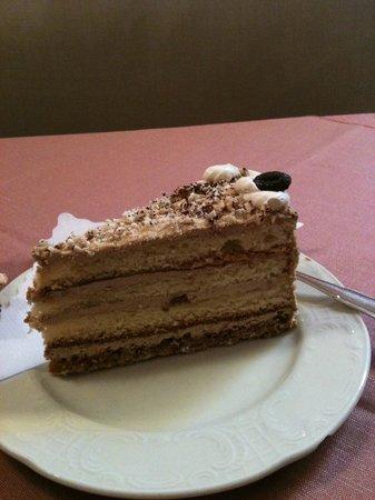 Cafe Schaefer: cappucinno cake