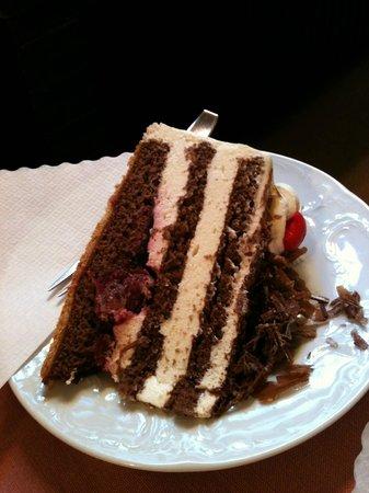 Cafe Schaefer: black forest cake