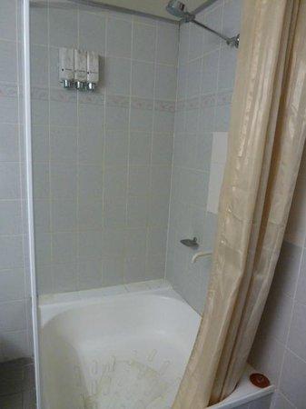Aurora Alice Springs: Baño