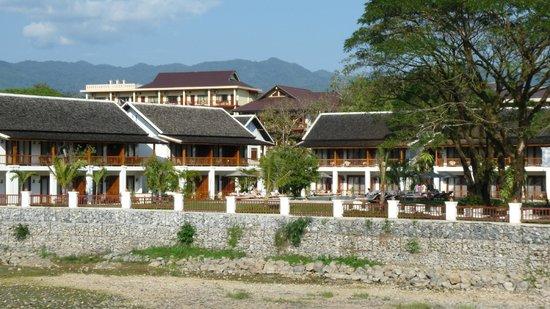 Riverside Boutique Resort: Hotel vom Fluss aus