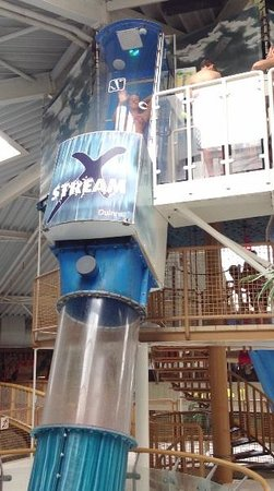 X-Stream Rutsche im Tikibad