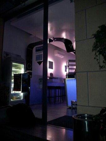Istar Cafe
