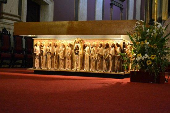 Catedral Matriz: Detalhes do altar.