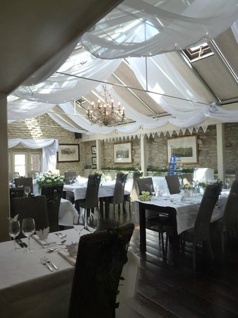 The Castle Inn Hotel: Conservatory