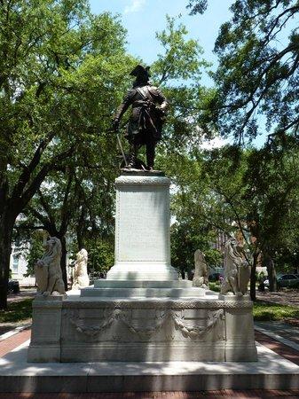 Chippewa Square : Oglethorpe Statue