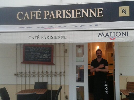 Cafe Parisienne : As we were leaving.....