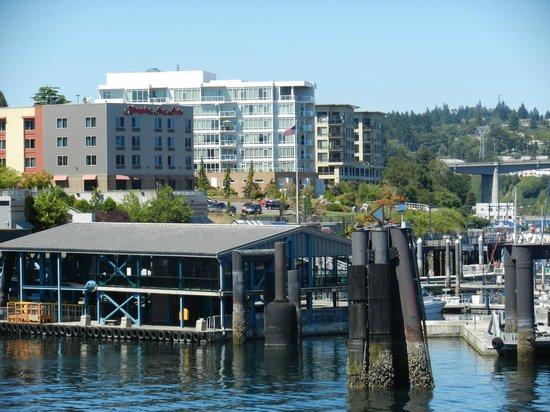 Hampton Inn & Suites Bremerton: Hampton Inn and ferry loading dock