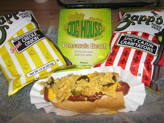 Dog House Deli: Frito Dog with Chips