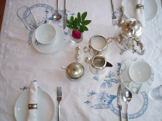 Knock Bed And Breakfast Portstewart Table setting at Knock House Portstewart n.Ireland & Table setting at Knock House Portstewart n.Ireland - Picture of ...