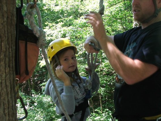 Holler Hoppin' Zip Lines: FUN!