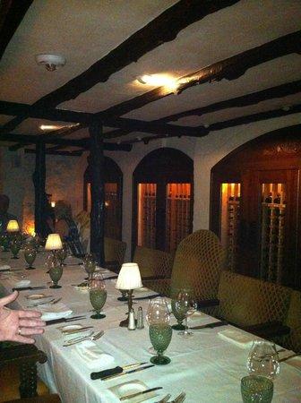Waterlot Inn Restaurant : The Cellar