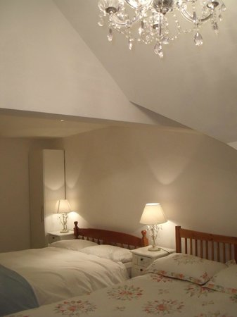 Knock Bed And Breakfast Portstewart: Twin Deluxe room at knock House b-b Portstewart