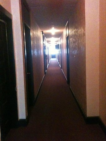 Cassadaga Hotel: Another hallway shot...they all look alike