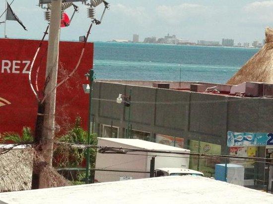 Sa da de um ferry boat para isla mujeres picture of for Hotel del sol