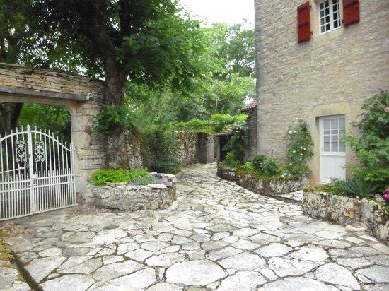 Chambres d'hotes Clos du Mas de Bastide : Entrance to the house