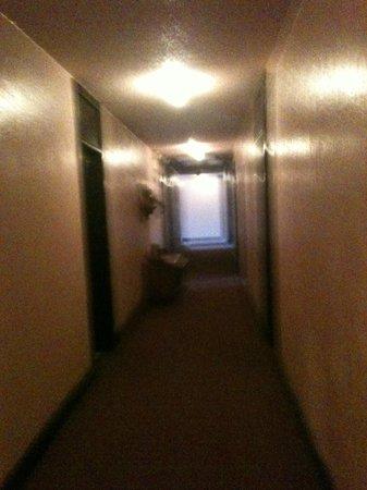 Cassadaga Hotel: Spooky hallways