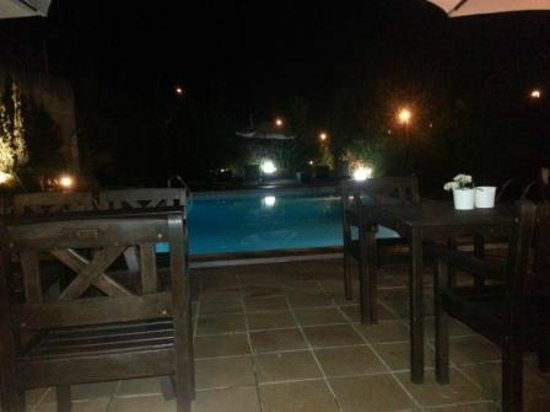 Hotel Costabella: BBQ by the Pool