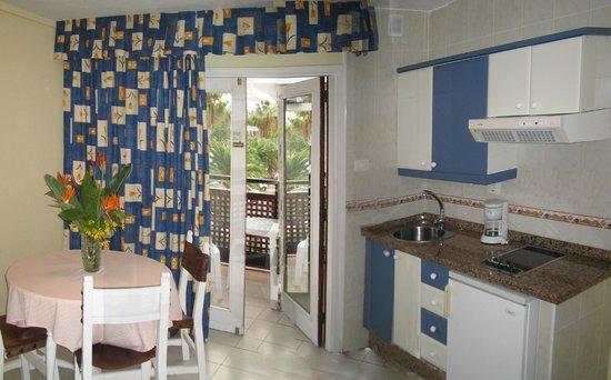 Apartments pez azul tenerife puerto de la cruz hotel reviews photos price comparison - Apartamentos pez azul tenerife ...