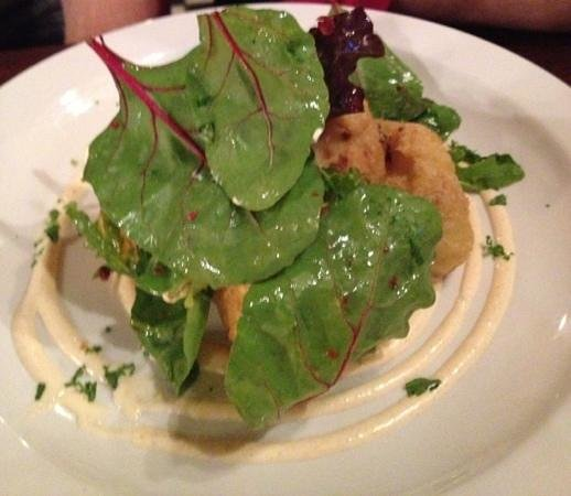 O'Shea's Merchant: cauliflower fritter