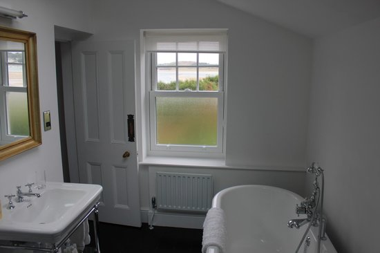 Treverbyn House : Green Room bathroom, with great view