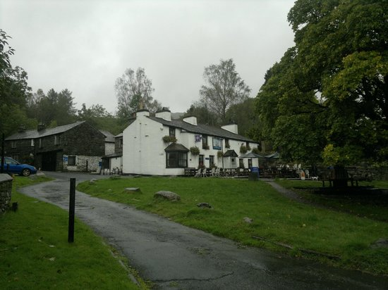 The Britannia Inn: Outside the Inn
