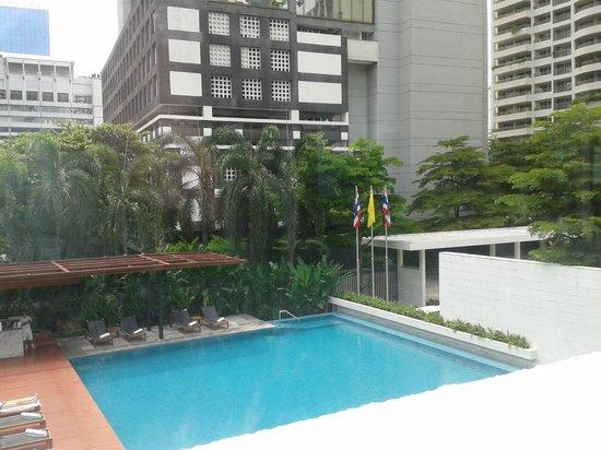 Metropolitan by COMO, Bangkok: Hotel outdoor pool