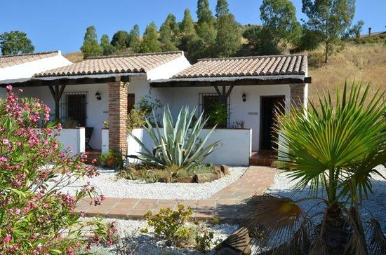 Cortijo Valverde: The two bungalows we rented