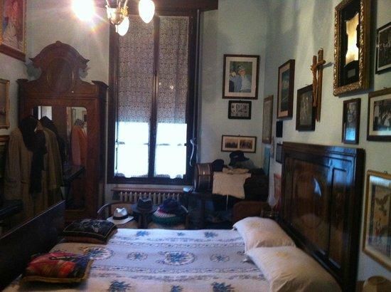 La camera del duce picture of casa dei ricordi villa for Casa italia forli
