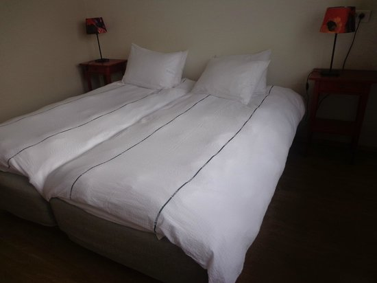 Hotel Edda Hofn: Camas