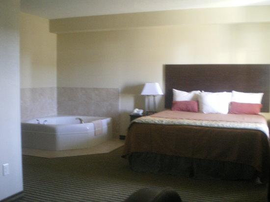 Bowman Inn & Suites