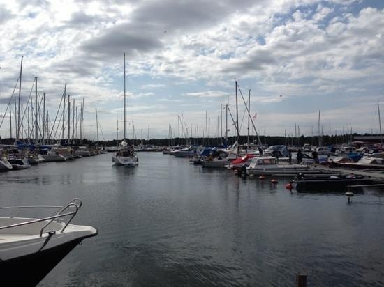 Sjokrogen: Båthamnen direkt utanför