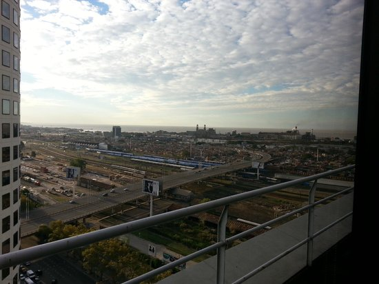 Emperador Hotel Buenos Aires: Vista Rio da Prata